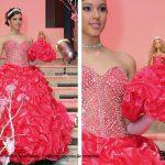 debutante-e-sua-boneca-com-vestido-vermelho